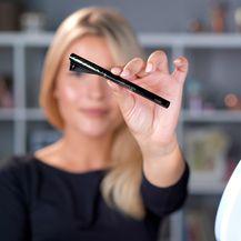 L\'Oréal tuš za oči Cat Black Eye