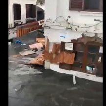 Štete od velikog potresa u Izmiru - 7