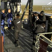 William Shatner i posada na putu do rakete New Shepard