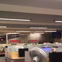 Zastrašujući potres (Video: Reuters)