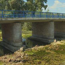 Dotok vode rijeke Vrljike još je uvijek slab (Foto: Dnevnik.hr) - 3