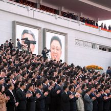 Vojna parada u Pjongjangu (Foto: J?rn Petring/DPA/PIXSELL)