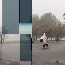 Uragan stiže na istočnu obalu (Video: Vijesti Nove TV u 14 sati)