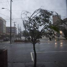 Uragan Florence 9 (Foto: AFP)