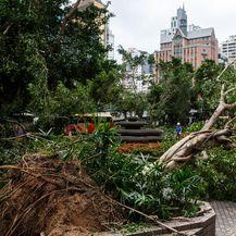 Tajfun u Kini 4 (Foto: AFP)
