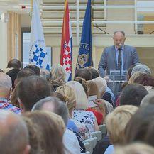 Govor Šimuna Anđelinovića, rektora Sveučilišta u Splitu (Foto: Dnevnik.hr)