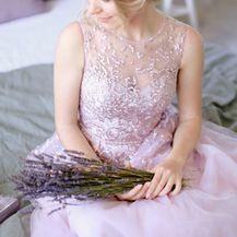 Vjenčanica u najnježnijoj nijansi boje lavande izgledat će posebno romantično i bajkovito