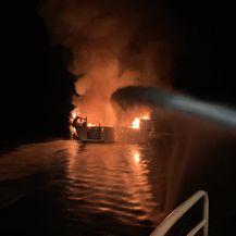 Izbio požar na brodu u Kaliforniji (Foto: Ventura County PD) - 2