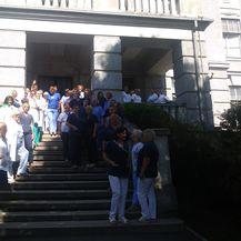 Mirni prosvjed u Petrovoj bolnici (Foto: Dnevnik.hr)1