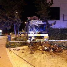 Autobus je razbijen (Foto: Dubrovniknet.hr) - 1