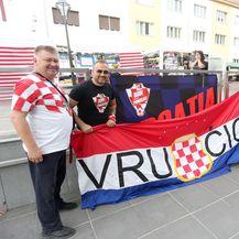 Hrvatski navijači u Trnavi (Foto: Davor Javorović/PIXSELL)