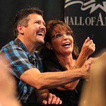 Sarah i Todd Palin (Foto: AFP)