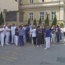 Petominutni prosvjed (Foto: Dnevnik.hr)