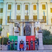 Na Guvernerovoj palači osvanula talijanska zastava (Foto: Cristiano Puglisi)