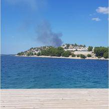 Požar kod Biograda na Moru (Foto: Dnevnik.hr)2
