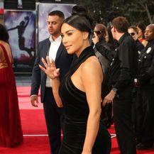 Kim Kardashian na dodjeli nagrada 2019 Creative Arts Emmys - 8