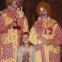 Strašni klaunovi (Foto: sadanduseless.com) - 18