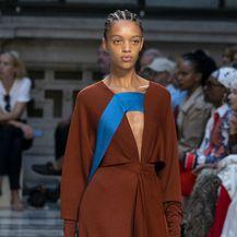 Victoria Beckham predstavila kolekciju za proljeće/ljeto 2020. na Londonskom tjednu mode