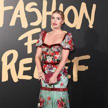 Kitty Spencer u Dolce i Gabbana haljini - 4