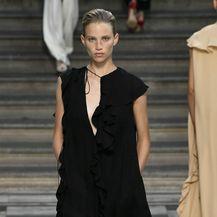 Victoria Beckham predstavila kolekciju za proljeće/ljeto 2020. na Londonskom tjednu mode - 5