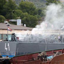 Požar na topovnjači Vukovar (Foto: Pixsell,Dusko Jaramaz) - 4