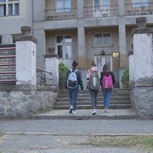 Srednja škola u Donjem Miholjcu (Foto: Dnevnik.hr) - 1