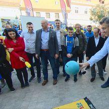 Premijer na kuglanju (Foto: Dnevnik.hr)