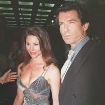 Pierce Brosnan i Keely Shaye-Smith (Foto: AFP)