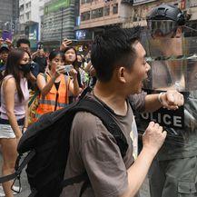Nastavljaju se nasilni prosvjedi u Hong Kongu (Foto: AFP) - 2
