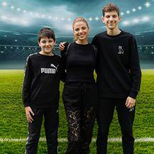 Lejla Filipović u čipkastim hlačama i tenisicama - 3