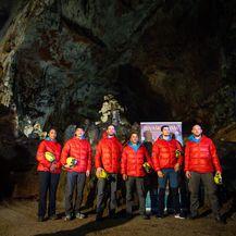 Šestero astronauta u Škocjanskim jamama u Sloveniji (Foto: AFP)