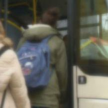 Dječak ne smije u školski autobus - 3