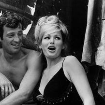 Jean-Paul Belmondo i Ursula Andress 1965. na setu filma