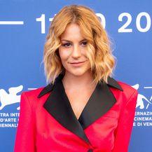 Glumicu Tihanu Lazović Vogue je proglasio jednom od najbolje odjevenih na festivalu u Veneciji - 3