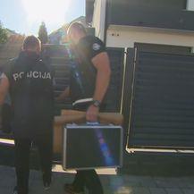 Ulazak policije u kuću Stjepana Kovača - 1