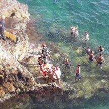 Pulski vatrogasci izvlačili neoprezne kupače iz mora