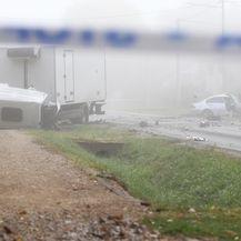 U prometnoj nesreći kod Dugog Sela jedna osoba poginula a dvije ozlijeđene - 3