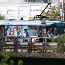 U tramvaju na Mostu mladosti pronađeno mrtvo tijelo muškarca - 3