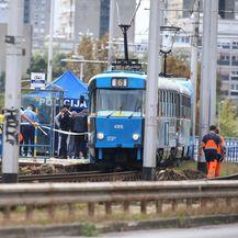 U tramvaju na Mostu mladosti pronađeno mrtvo tijelo muškarca - 4