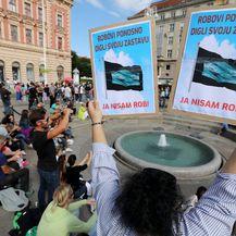 Prosvjednici na Trgu bana Jelačića