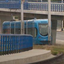 Mrtvo tijelo u tramvaju - 1