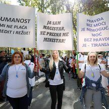 Prosvjed Zdravstvenih djelatnika zbog COVID potvrde s kojom moraju dolaziti na posao - 3