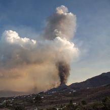 Nastavlja se erupcija vulkana na Kanarima - 3