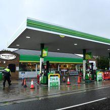 Zbog panične kupnje benzinske postaje ostale bez goriva