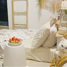 U domu Vanje Šego iz Čitluka glavna zvijezda je šarmantni balkon na kojem ima i krevet - 7
