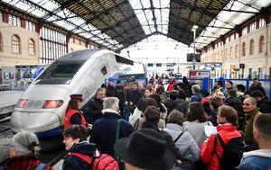 Štrajk željezničara u Francuskoj (Foto: AFP)