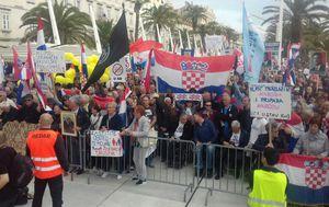 Prosvjed protiv istanbulske konvencije u Splitu (Foto: Sofija Preljvukić)