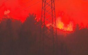 Požar u Omišu (Foto: Dnevnik.hr)