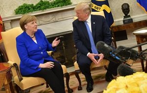 Donald Trump i Angela Merkel (Foto: AFP) - 3