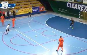 Gol na futsalu Panenkom (Screenshot)